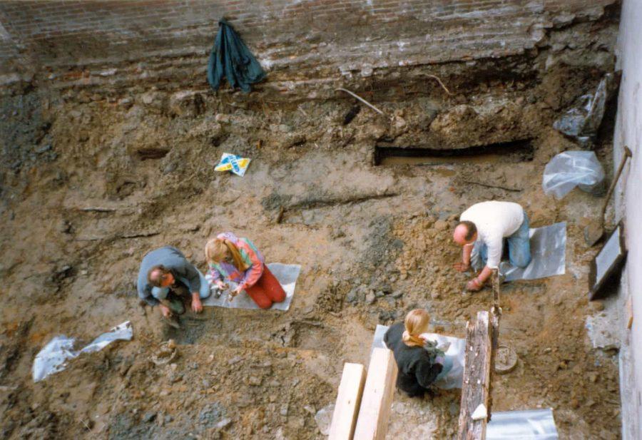 Archeologisch onderzoek begraafplaats minderbroeder klooster aan de Varkenmarkt te Gorinchem
