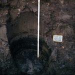 Archeologen op Kazerneplein van vondsten bestolen