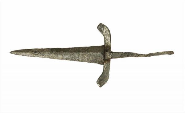 <br><p style=&quot;text-align: left;&quot;>Dolk (14de eeuw)</p>